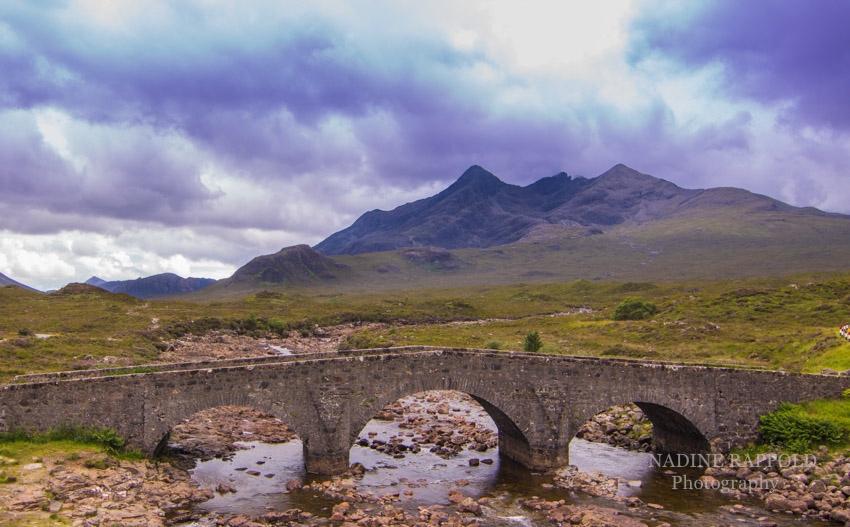 Sligachan alte Brücke auf der Isle of Skye in Schottland