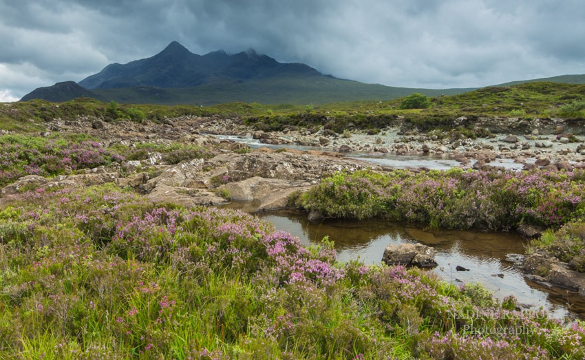 Stürmische Cuilins in den schottischen Highlands, Schottland